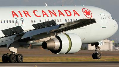 C-FMWV - Boeing 767-333(ER) - Air Canada