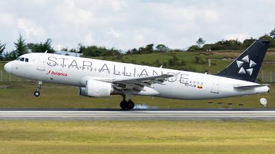 HC-CJW - Airbus A320-214 - Avianca Ecuador