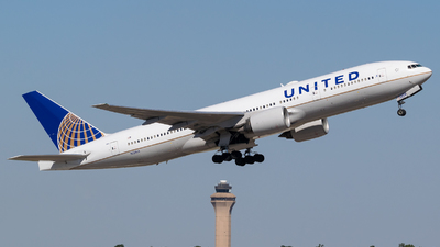 A picture of N228UA - Boeing 777222(ER) - United Airlines - © Positive Rate Photography