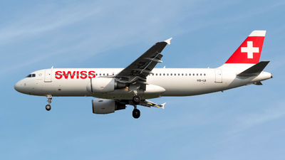 A picture of HBIJI - Airbus A320214 - Swiss - © Sebastian Thiel