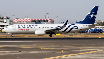 5Y-CYE - Boeing 737-86N - Kenya Airways