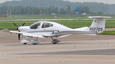 N937DS - Diamond DA-40 Diamond Star XLS - Private