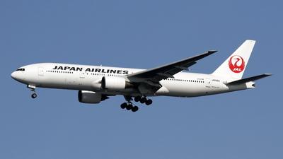 JA8982 - Boeing 777-246 - Japan Airlines (JAL)