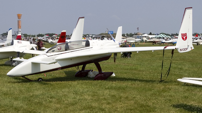 N13DF - Rutan LongEZ - Private