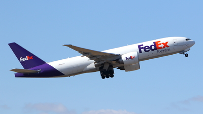 A picture of N851FD - Boeing 777FS2 - FedEx - © kouyagi