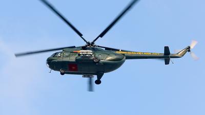 7477 - Mil Mi-8 Hip - Vietnam - Air Force