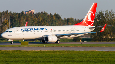 A picture of TCJVN - Boeing 7378F2 - Turkish Airlines - © KomradAlexey