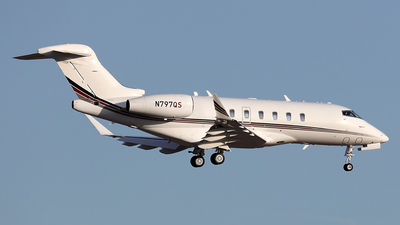 N797QS - Bombardier BD-100-1A10 Challenger 350 - NetJets Aviation