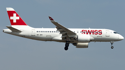 A picture of HBJBH - Airbus A220100 - Swiss - © Daniel Veronesi - RomeAviationSpotters