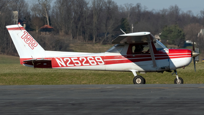 N25269 - Cessna 152 II - Private