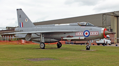 XS897 - English Electric Lightning F.6 - United Kingdom - Royal Air Force (RAF)