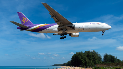 HS-TJD - Boeing 777-2D7 - Thai Airways International