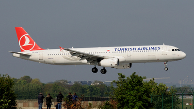 TC-JMM - Airbus A321-231 - Turkish Airlines