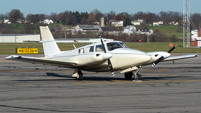 A picture of N8688Y - Piper PA30 Twin Comanche - [301834] - © Connor Ochs