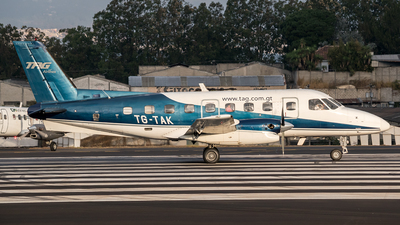 TG-TAK - Embraer EMB-110P1 Bandeirante - TAG Airlines - Transportes Aéreos Guatemaltecos