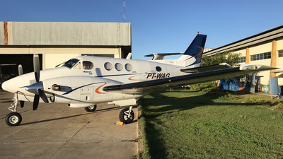 PT-WAG - Beechcraft E90 King Air - Private