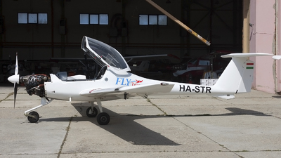 HA-STR - Diamond DA-20-A1 Katana - Private