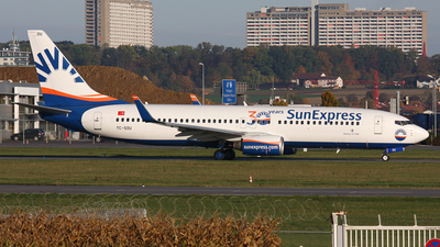 A picture of TCSOU - Boeing 7378Z9 - SunExpress - © Frank Specker