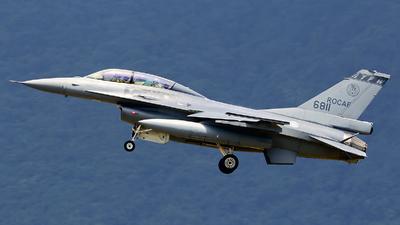 6811 - General Dynamics F-16BM Fighting Falcon - Taiwan - Air Force