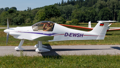 D-EWSH - Colomban MC-100 Ban-Bi - Private