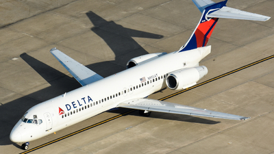 A picture of N995AT - Boeing 7172BD - Delta Air Lines - © Kyle Mahar