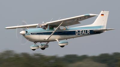 A picture of DEALR - Cessna 172J Rocket - [FR17200564] - © Bjorn ter Beest