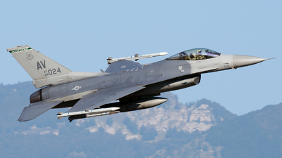 89-2024 - General Dynamics F-16CG Fighting Falcon - United States - US Air Force (USAF)
