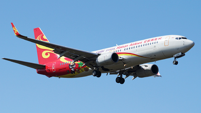 A picture of B6060 - Boeing 73784P - Hainan Airlines - © iceland2000