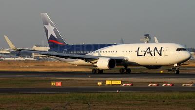 CC-CWN - Boeing 767-316(ER) - LAN Airlines