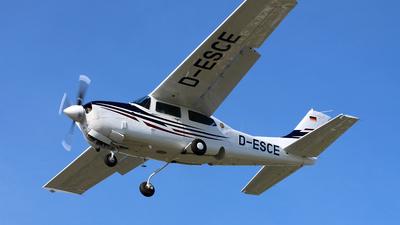 D-ESCE - Cessna T210R Turbo Centurion II - Private