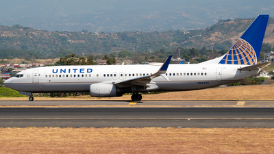 A picture of N86534 - Boeing 737824 - United Airlines - © Ivan Jimenez Rojas