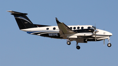 N57PE - Beechcraft 300 Super King Air - Private