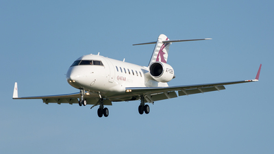 A7-CEB - Bombardier CL-600-2B16 Challenger 605 - Qatar Executive
