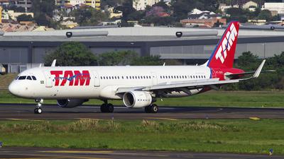 PT-XPG - Airbus A321-211 - TAM Linhas Aéreas