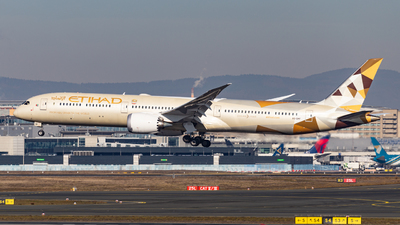 A picture of A6BMF - Boeing 78710 Dreamliner - Etihad Airways - © Mika Abs