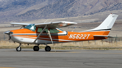 N5622T - Cessna 182N Skylane - Private