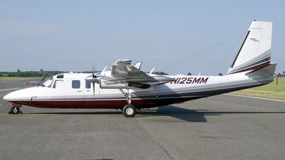 N125MM - Rockwell Commander 690C Jetprop 840 - Private