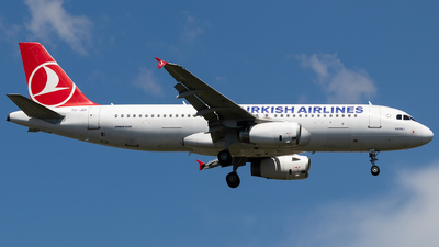 TC-JUI - Airbus A320-232 - Turkish Airlines