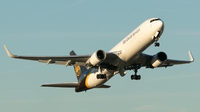 A picture of N312UP - Boeing 76734AF(ER) - UPS - © Erik Goodfellow