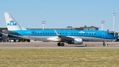 A picture of PHEZU - Embraer E190STD - KLM - © Filip Danielczyk