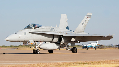 162453 - McDonnell Douglas F/A-18A Hornet - United States - US Marine Corps (USMC)