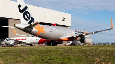 VH-YXT - Airbus A320-232 - Jetstar Airways