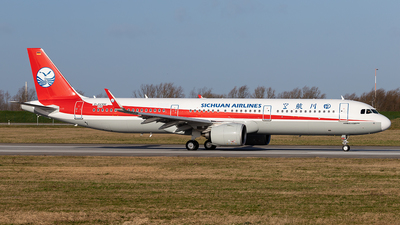 D-AVXM - Airbus A321-271NX - Sichuan Airlines