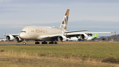 A picture of A6API - Airbus A380861 - Etihad Airways - © Pierre Pm