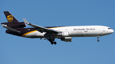 A picture of N285UP - McDonnell Douglas MD11F - UPS - © Chris Popovich