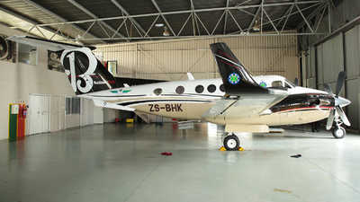 ZS-BHK - Beechcraft B200 Super King Air - Private