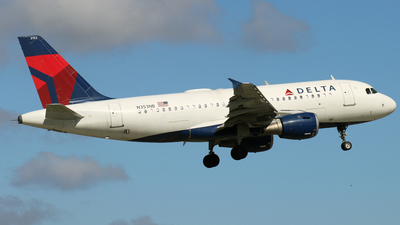A picture of N353NB - Airbus A319114 - Delta Air Lines - © James Bruno