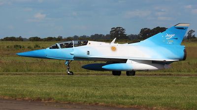 I-002 - Dassault Mirage 3DA - Argentina - Air Force