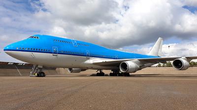A picture of PHBFU - Boeing 747406(M) - [28196] - © Dutch