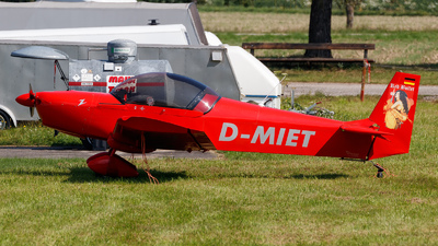 D-MIET - Roland Aircraft Z-602 - Private